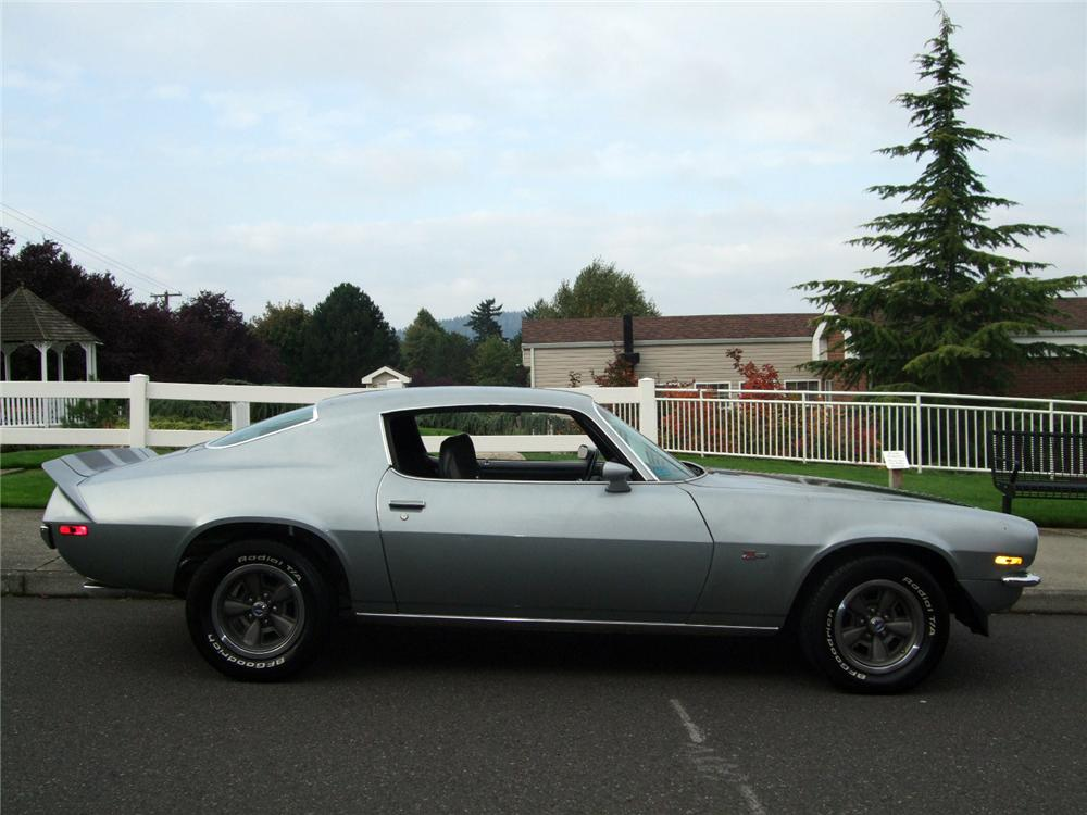 1971 CHEVROLET CAMARO Z/28 COUPE - Side Profile - 116231