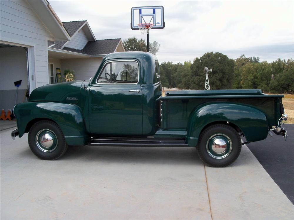 1952 CHEVROLET STEPSIDE PICKUP - Side Profile - 116245