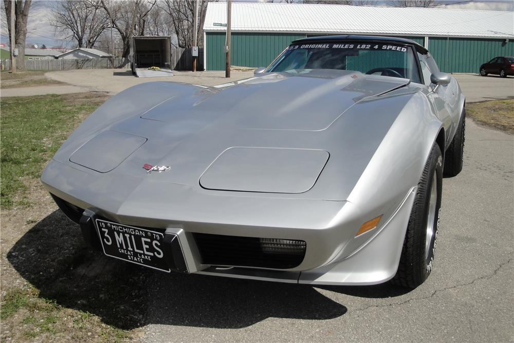 1979 CHEVROLET CORVETTE 2 DOOR COUPE - Front 3/4 - 116247