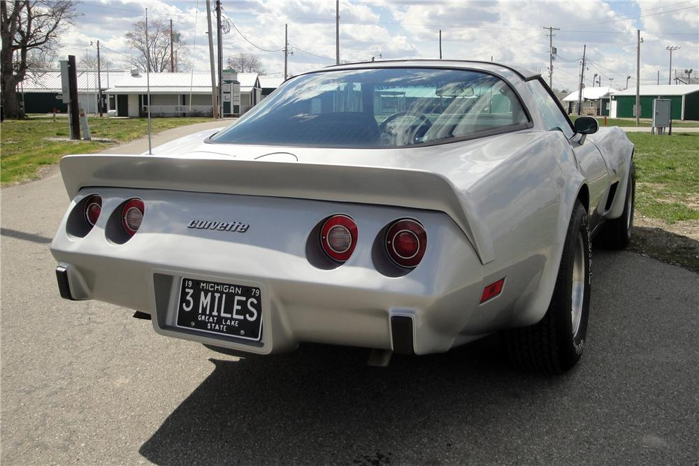 1979 CHEVROLET CORVETTE 2 DOOR COUPE - Rear 3/4 - 116247