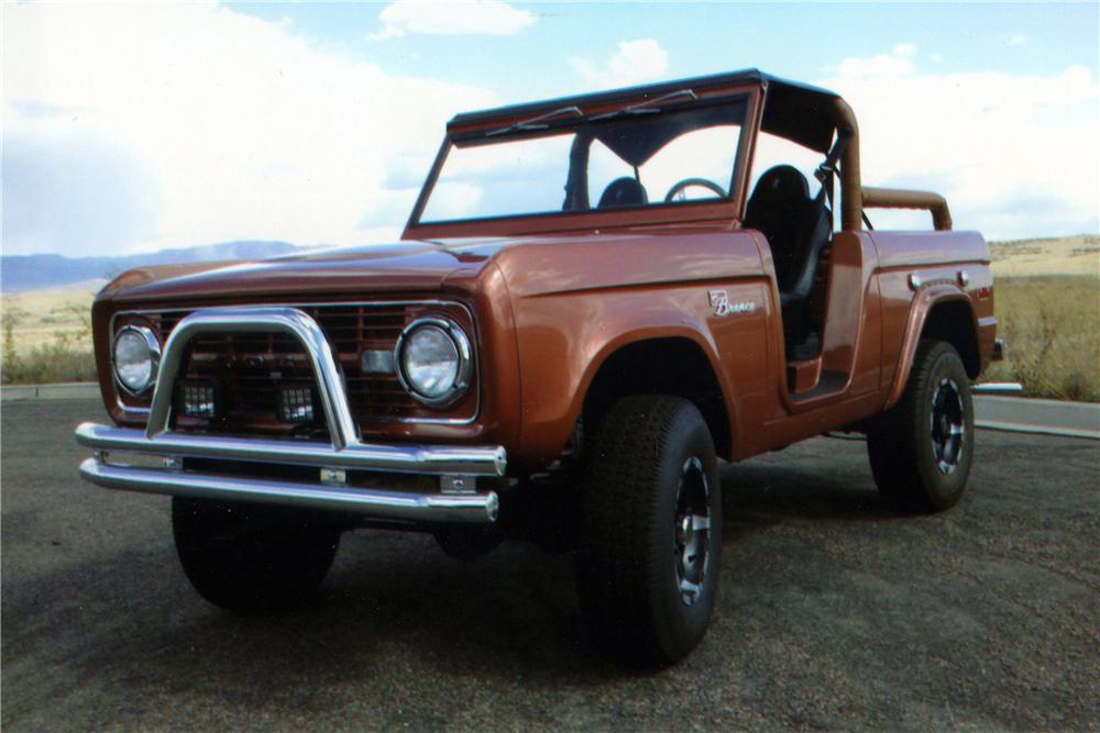 1972 FORD BRONCO CUSTOM 4X4 - Front 3/4 - 116249