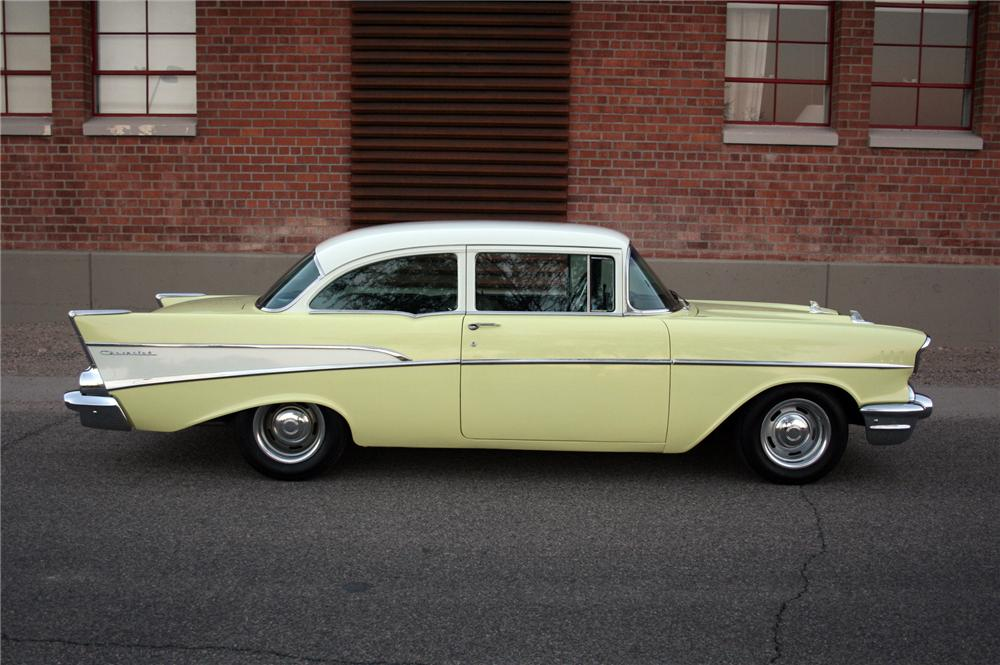 1957 CHEVROLET 210 2 DOOR SEDAN - Side Profile - 116250