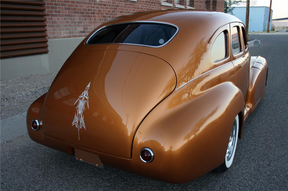 1948 PONTIAC STREAMLINER CUSTOM SEDAN - Rear 3/4 - 116252