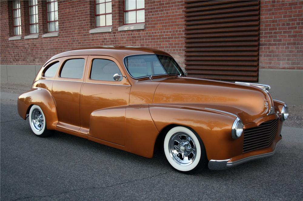1948 PONTIAC STREAMLINER CUSTOM SEDAN - Side Profile - 116252