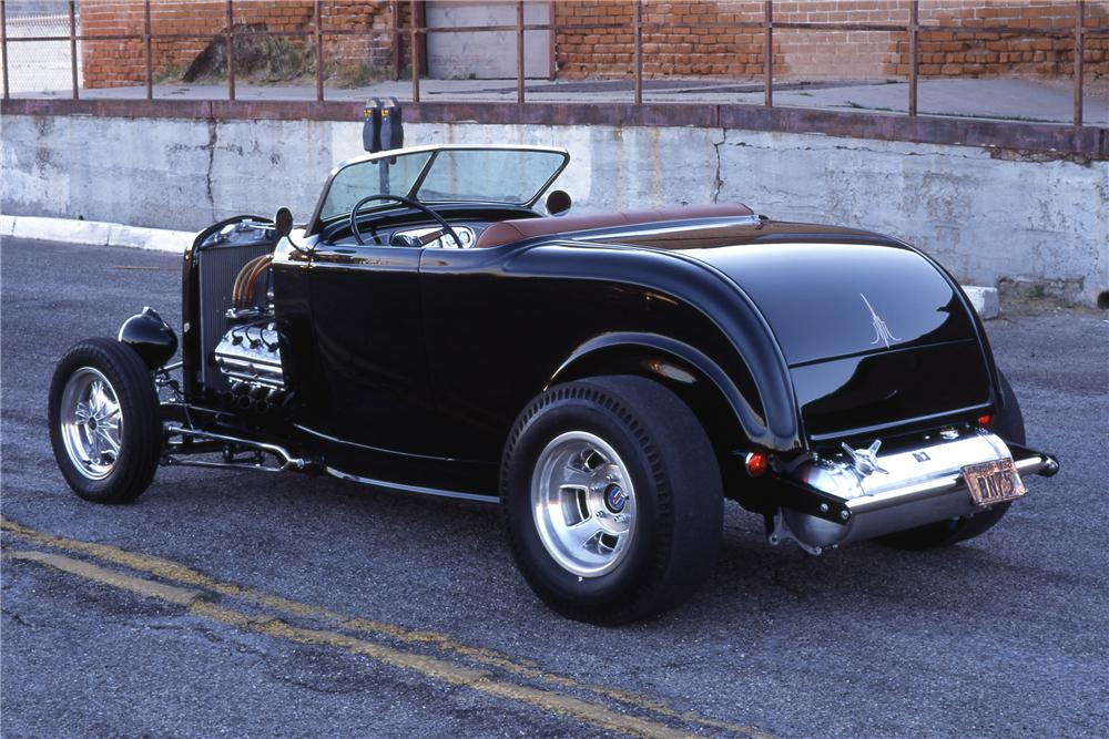 1932 FORD CUSTOM ROADSTER - Rear 3/4 - 116254