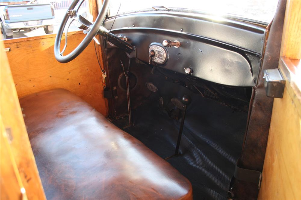 1926 FORD MODEL T WOODY WAGON - Interior - 116255