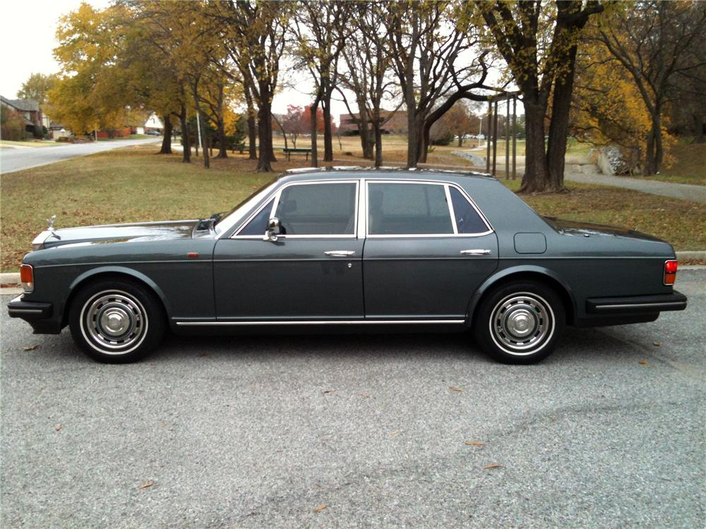 1989 ROLLS-ROYCE SILVER SPIRIT 4 DOOR SEDAN - Side Profile - 116264