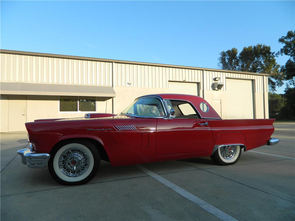 1957 FORD THUNDERBIRD E ROADSTER - Side Profile - 116276