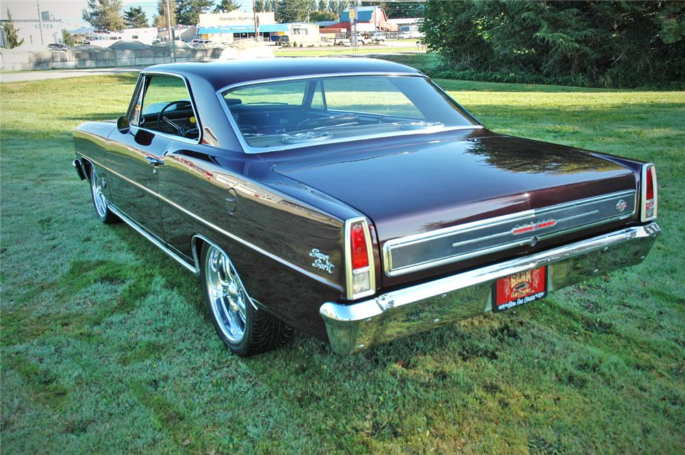 1967 CHEVROLET NOVA CUSTOM 2 DOOR HARDTOP - Rear 3/4 - 116277