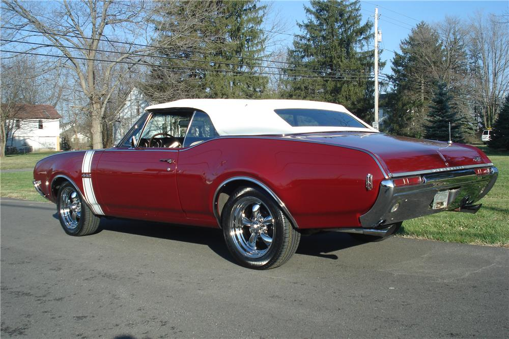 1968 OLDSMOBILE 442 CONVERTIBLE - Rear 3/4 - 116279