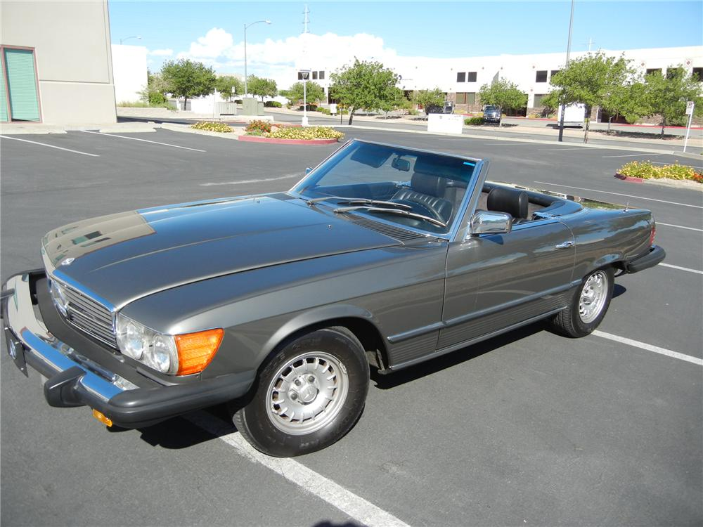 1980 MERCEDES-BENZ 450SL CONVERTIBLE - Front 3/4 - 116282