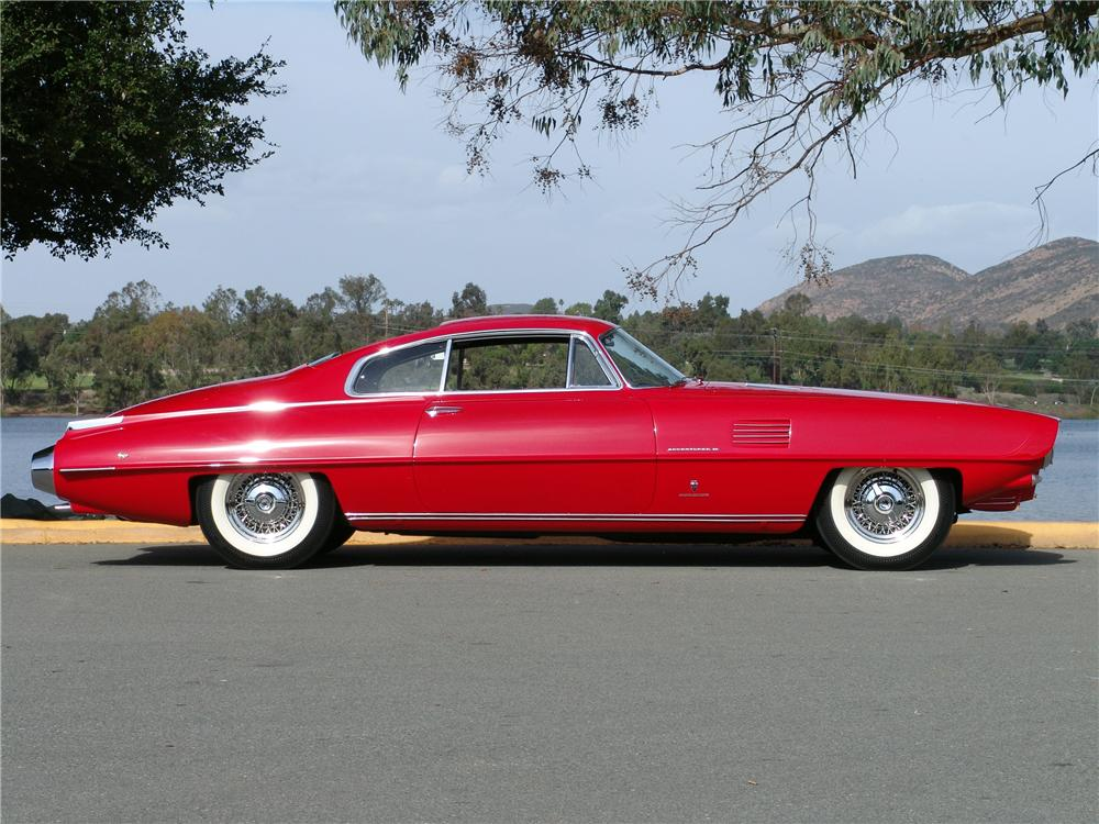 1954 DE SOTO ADVENTURER II - Side Profile - 116291