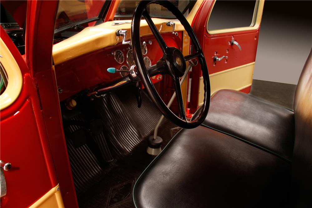 1949 DIAMOND T 201 PICKUP - Interior - 116296