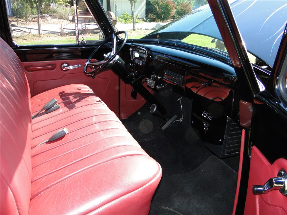 1954 FORD F-100 CUSTOM PICKUP - Interior - 116306