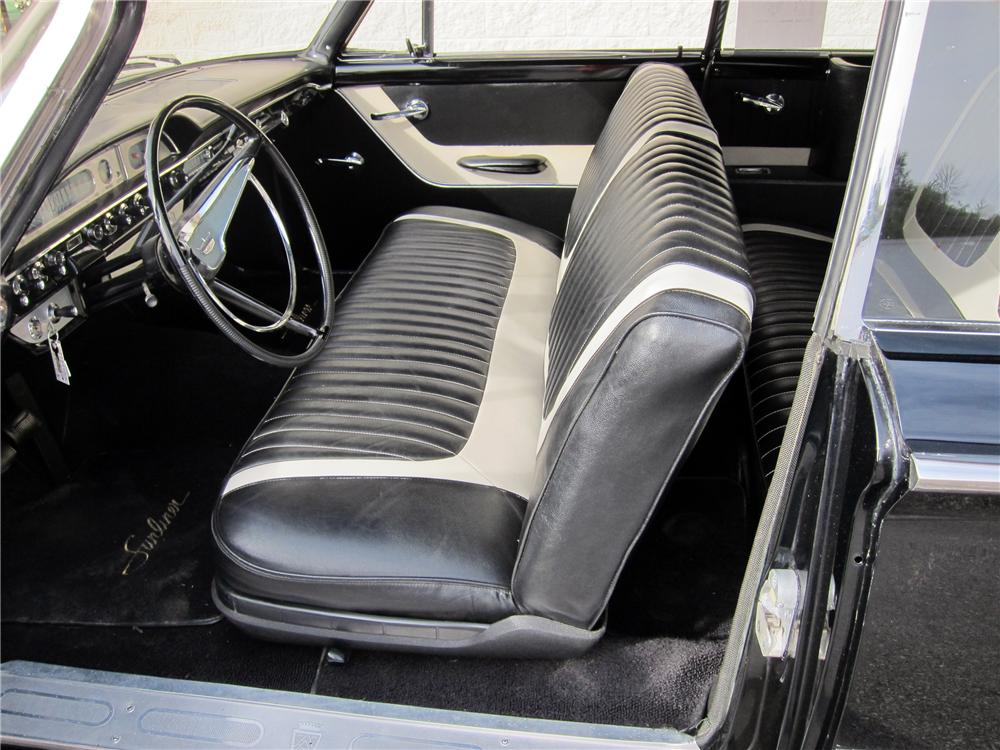 1960 FORD SUNLINER CONVERTIBLE - Interior - 116307