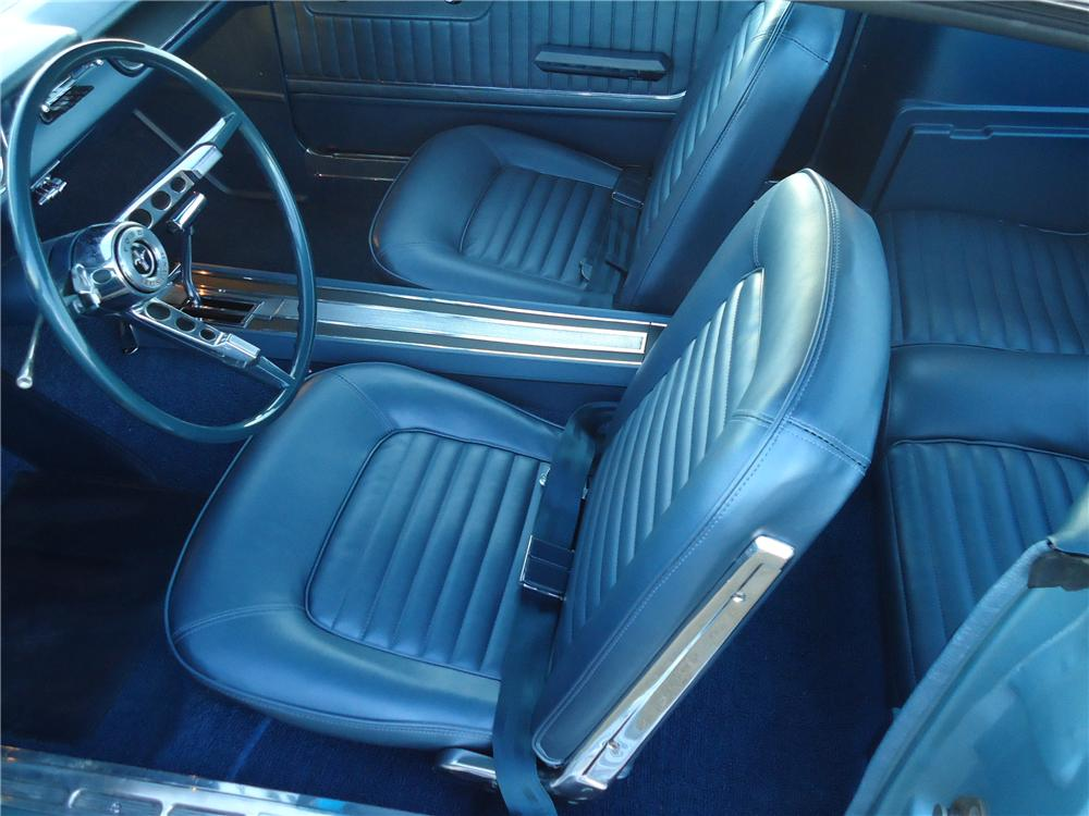 1965 FORD MUSTANG FASTBACK - Interior - 116311