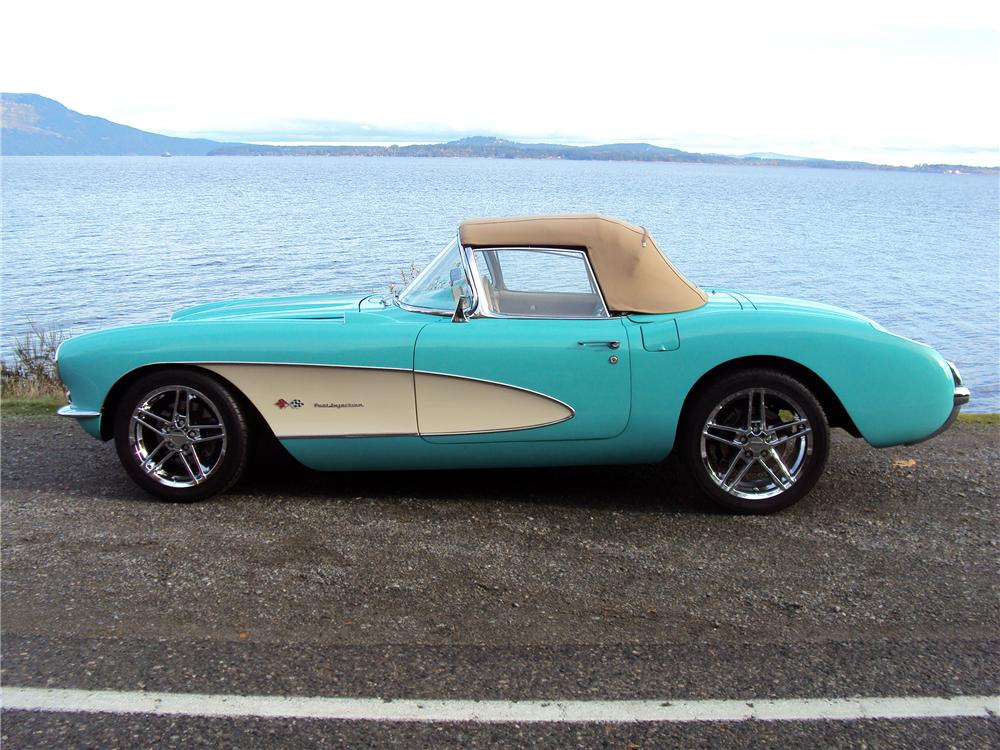 1957 CHEVROLET CORVETTE CUSTOM CONVERTIBLE - Side Profile - 116316