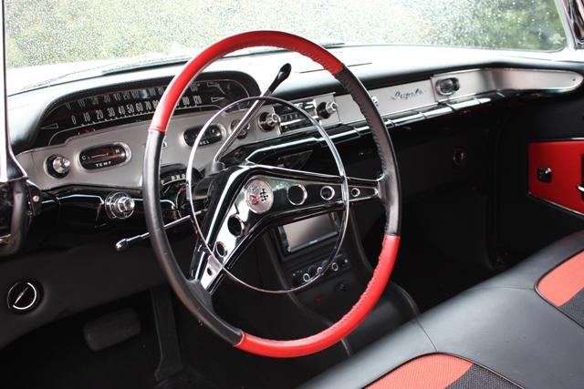 1958 CHEVROLET IMPALA 2 DOOR COUPE - Interior - 116322