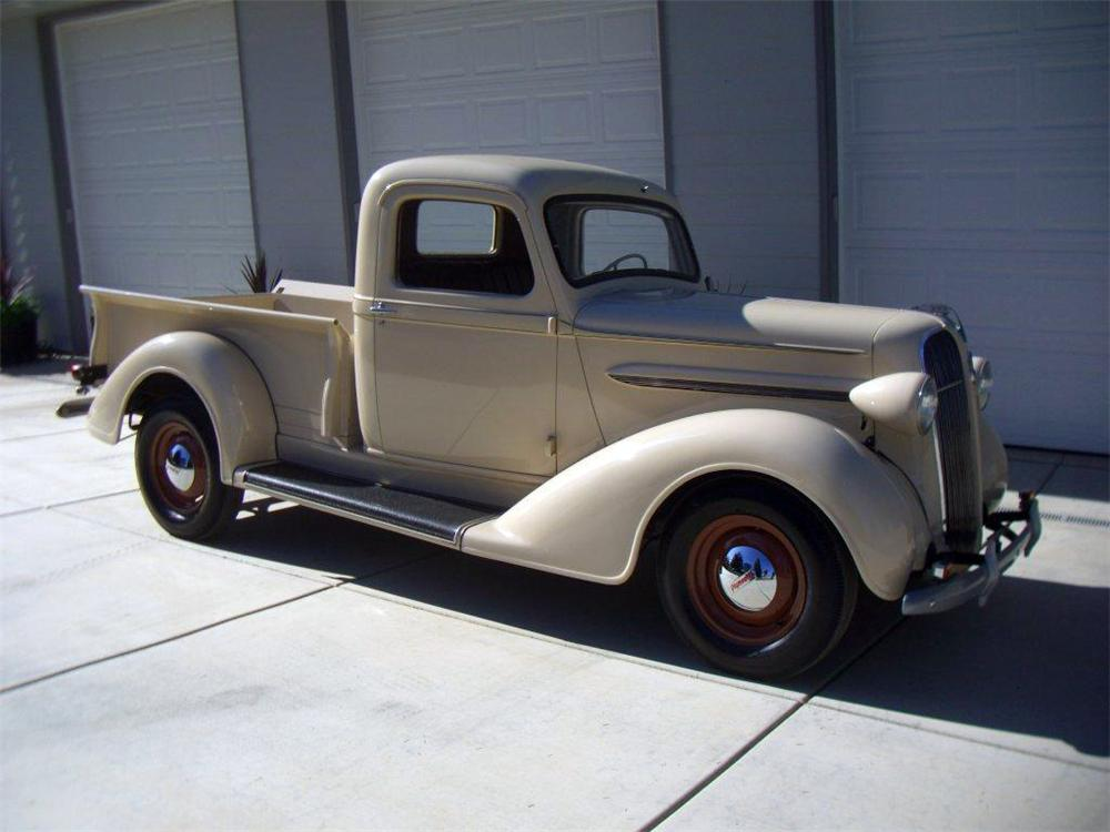 1937 PLYMOUTH PT-50 PICKUP - Front 3/4 - 116327