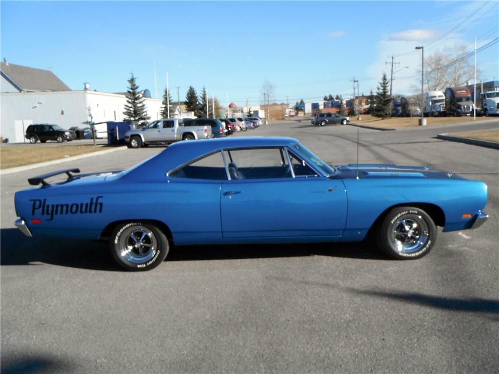 1969 PLYMOUTH ROAD RUNNER 2 DOOR HARDTOP - Side Profile - 116333