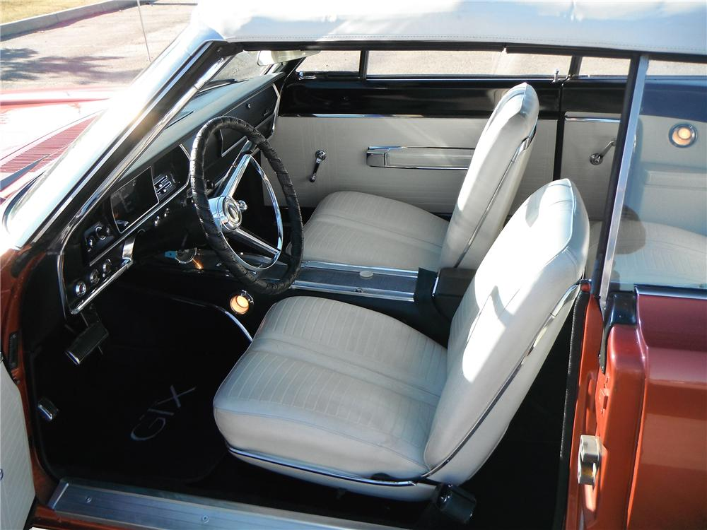 1967 PLYMOUTH GTX CONVERTIBLE - Interior - 116334