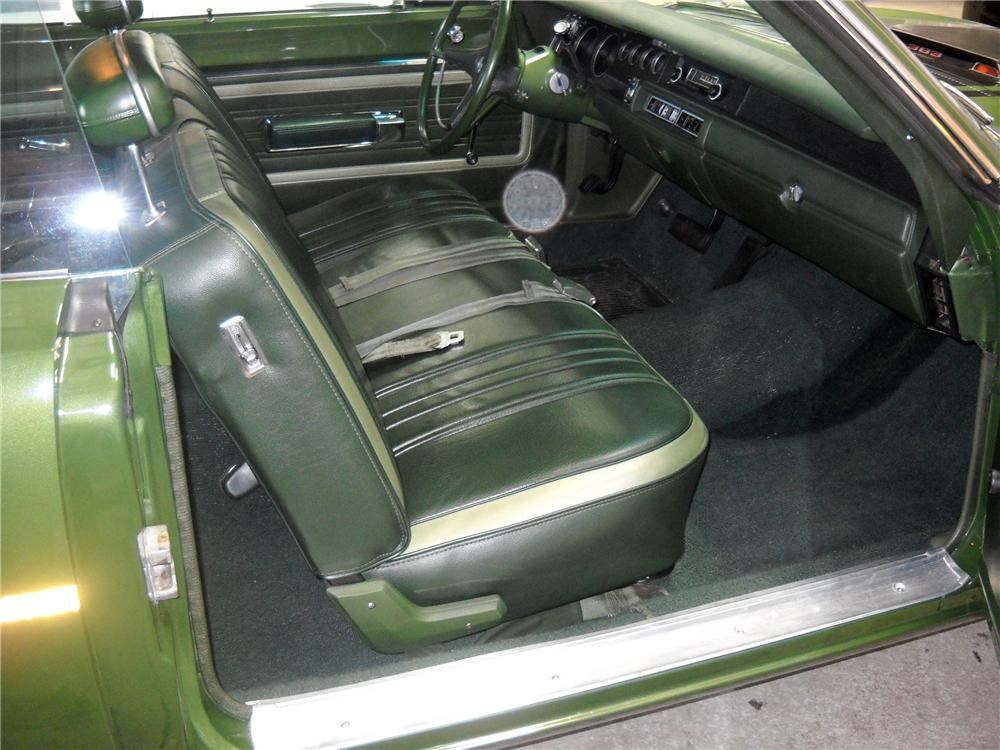 1970 PLYMOUTH ROAD RUNNER 2 DOOR COUPE - Interior - 116376