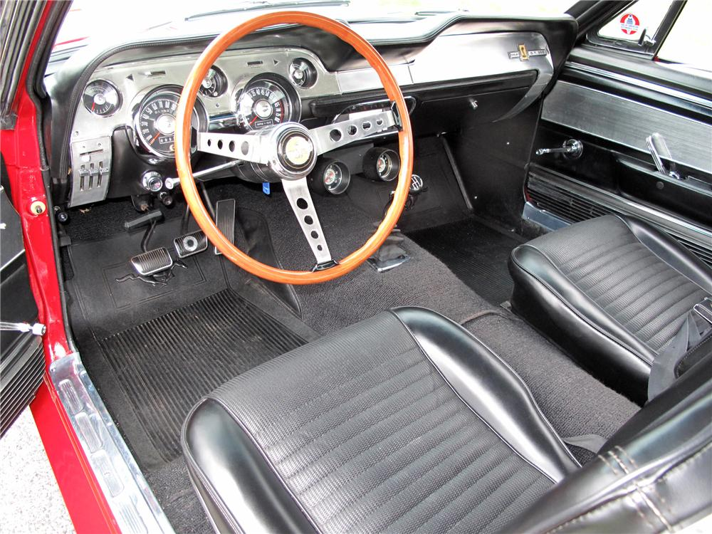1967 SHELBY GT350 FASTBACK - Interior - 116397