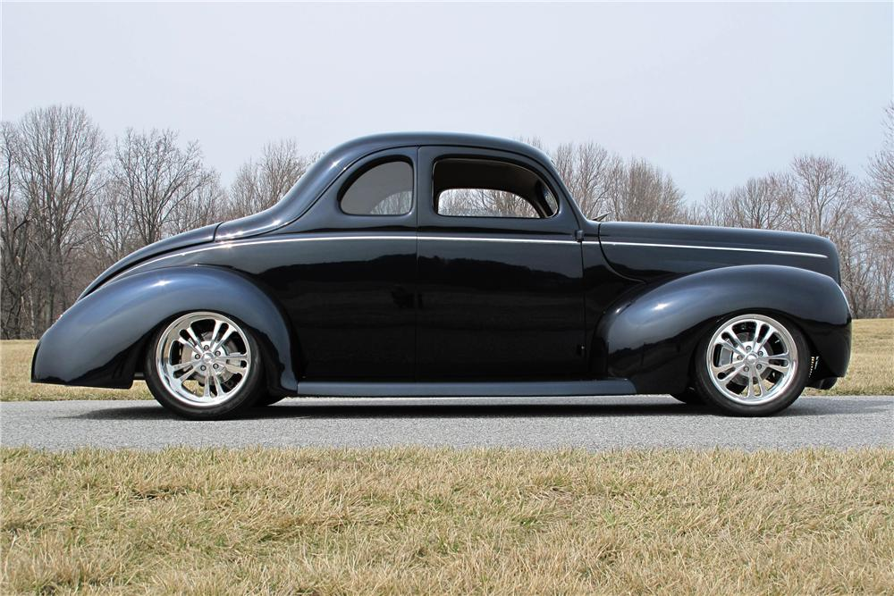 1940 FORD DELUXE CUSTOM 2 DOOR COUPE - Side Profile - 116400