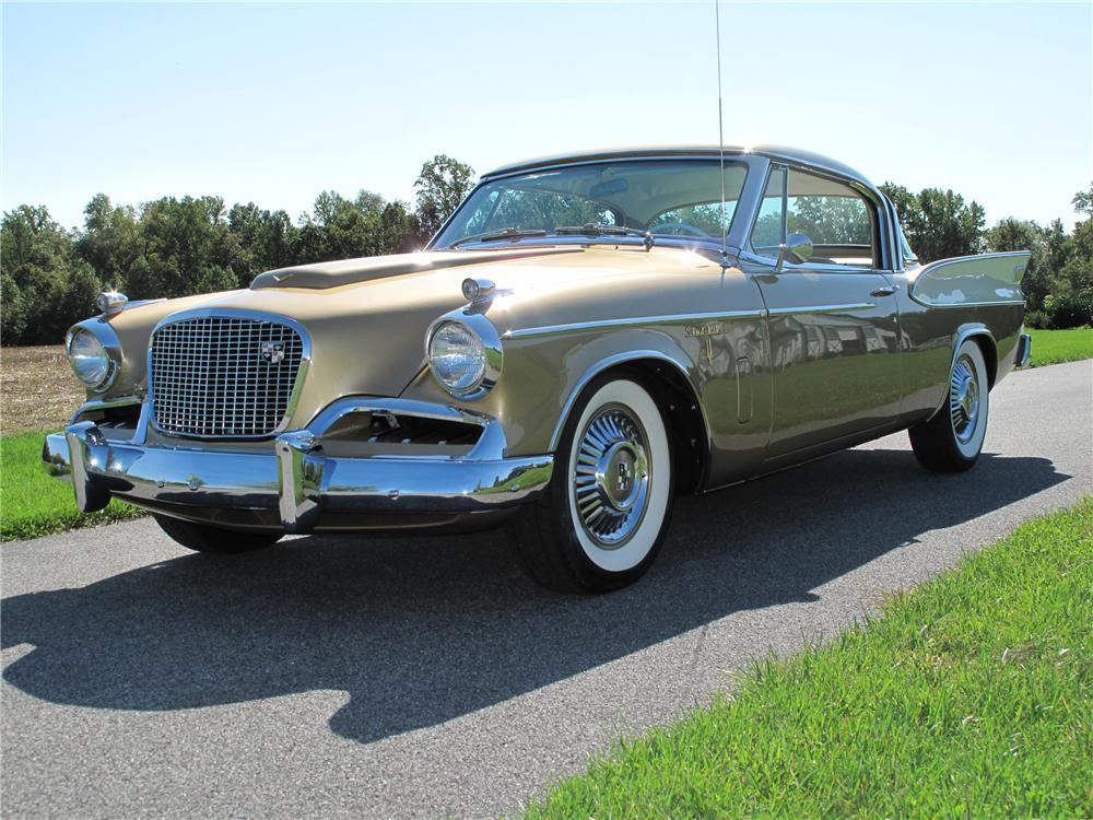 1957 STUDEBAKER GOLDEN HAWK 2 DOOR COUPE - Front 3/4 - 116401