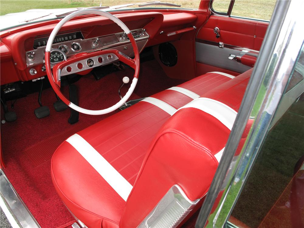 1961 CHEVROLET IMPALA SS CONVERTIBLE - Interior - 116407