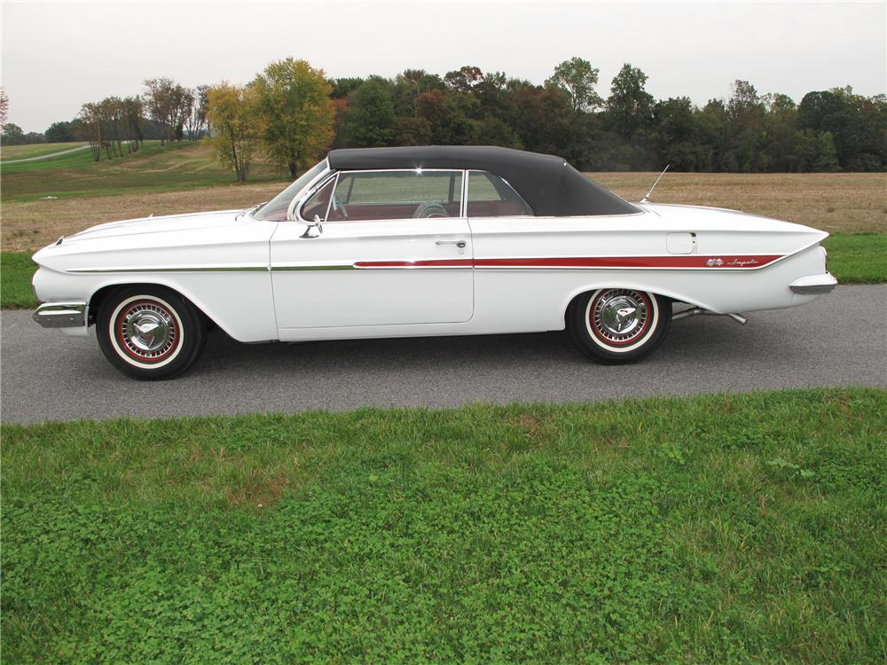 1961 CHEVROLET IMPALA SS CONVERTIBLE - Side Profile - 116407