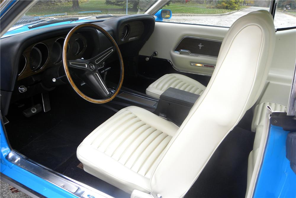 1970 FORD MUSTANG MACH 1 FASTBACK - Interior - 116410