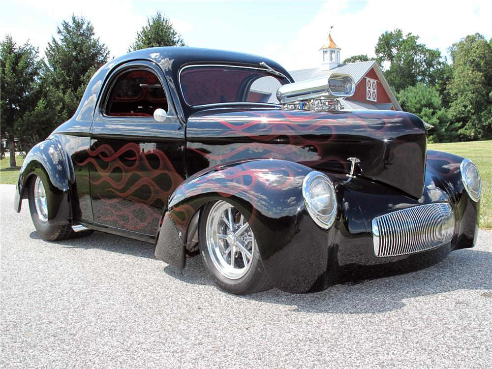 1941 WILLYS CUSTOM 2 DOOR COUPE - Front 3/4 - 116411