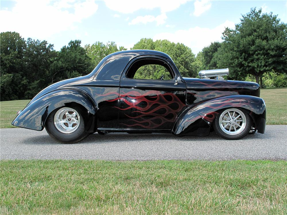 1941 WILLYS CUSTOM 2 DOOR COUPE - Side Profile - 116411