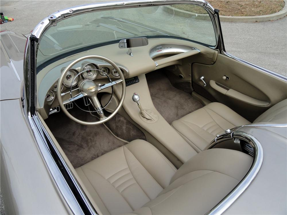 1962 CHEVROLET CORVETTE CUSTOM CONVERTIBLE - Interior - 116441