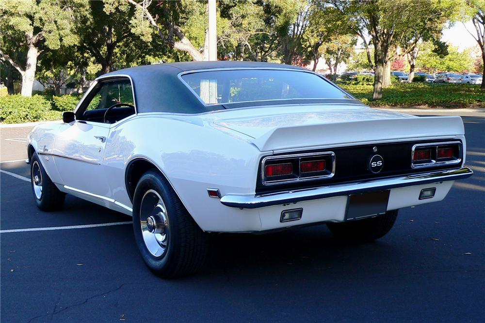 1968 CHEVROLET CAMARO RS/SS COUPE - Rear 3/4 - 116450