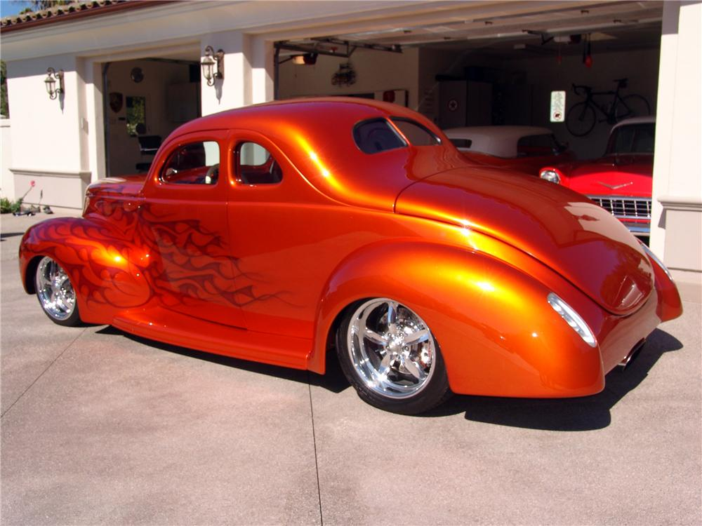 1939 FORD CUSTOM DELUXE 2 DOOR COUPE - Side Profile - 116460