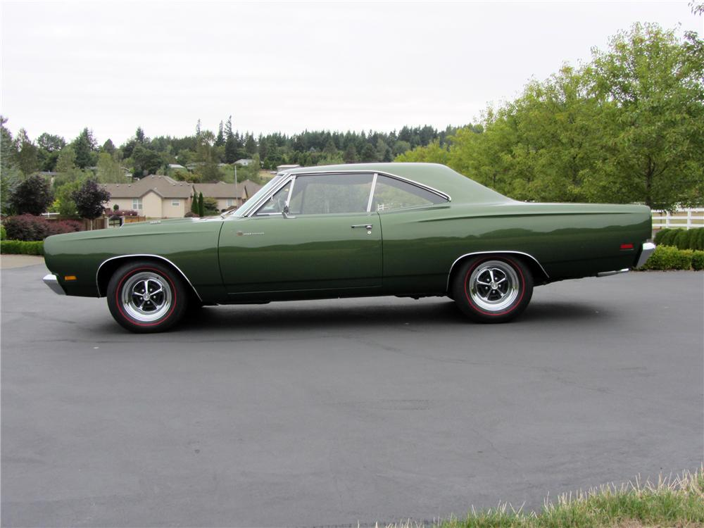 1969 PLYMOUTH ROAD RUNNER 2 DOOR HARDTOP - Side Profile - 116472