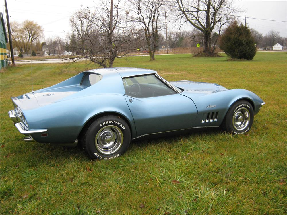 1968 CHEVROLET CORVETTE COUPE - Rear 3/4 - 116487