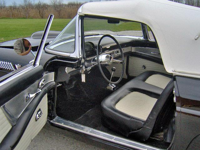 1955 FORD THUNDERBIRD CONVERTIBLE - Interior - 116507