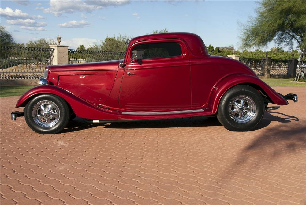 1934 FORD 3 WINDOW CUSTOM COUPE - Side Profile - 116509