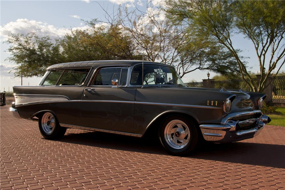 1957 CHEVROLET NOMAD CUSTOM STATION WAGON - Front 3/4 - 116510