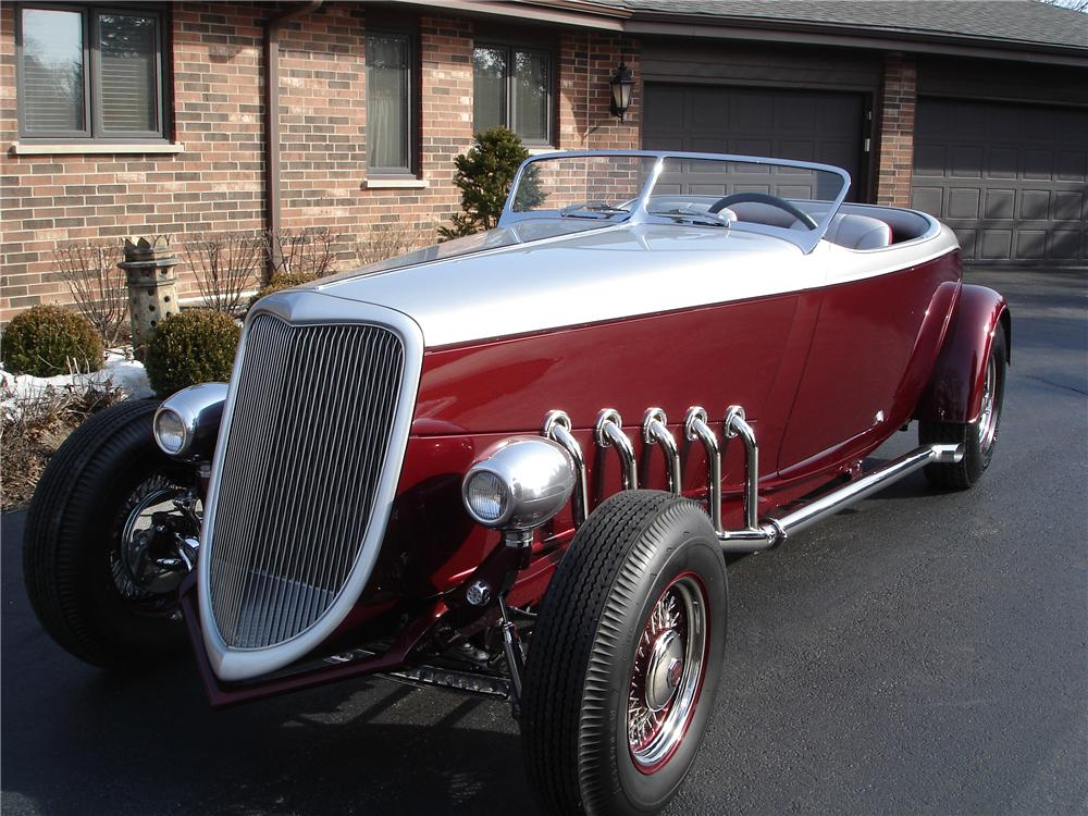 1934 FORD CUSTOM ROADSTER - Front 3/4 - 116511