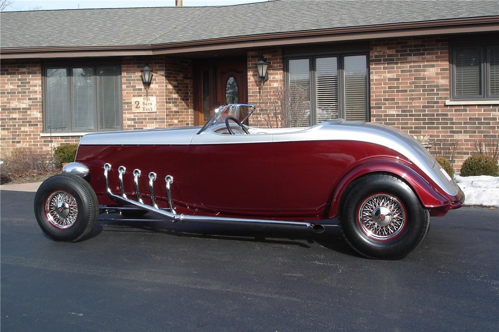 1934 FORD CUSTOM ROADSTER - Side Profile - 116511