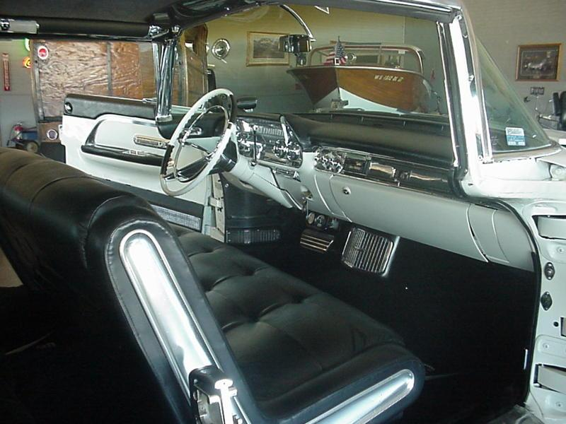 1957 CADILLAC ELDORADO BROUGHAM 4 DOOR SEDAN - Interior - 116512