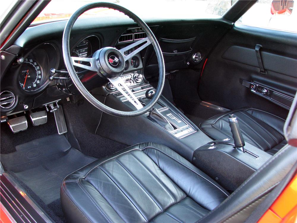 1969 CHEVROLET CORVETTE COUPE - Interior - 116515