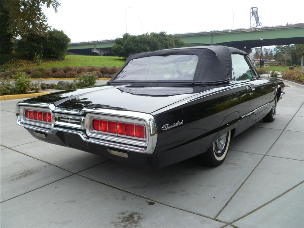 1965 FORD THUNDERBIRD CONVERTIBLE - Rear 3/4 - 116530