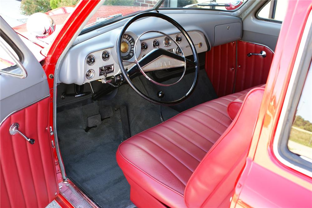 1951 FORD CUSTOM 2 DOOR - Interior - 116799