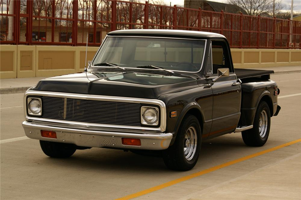 1970 CHEVROLET C-10 CUSTOM STEPSIDE PICKUP - Front 3/4 - 116800