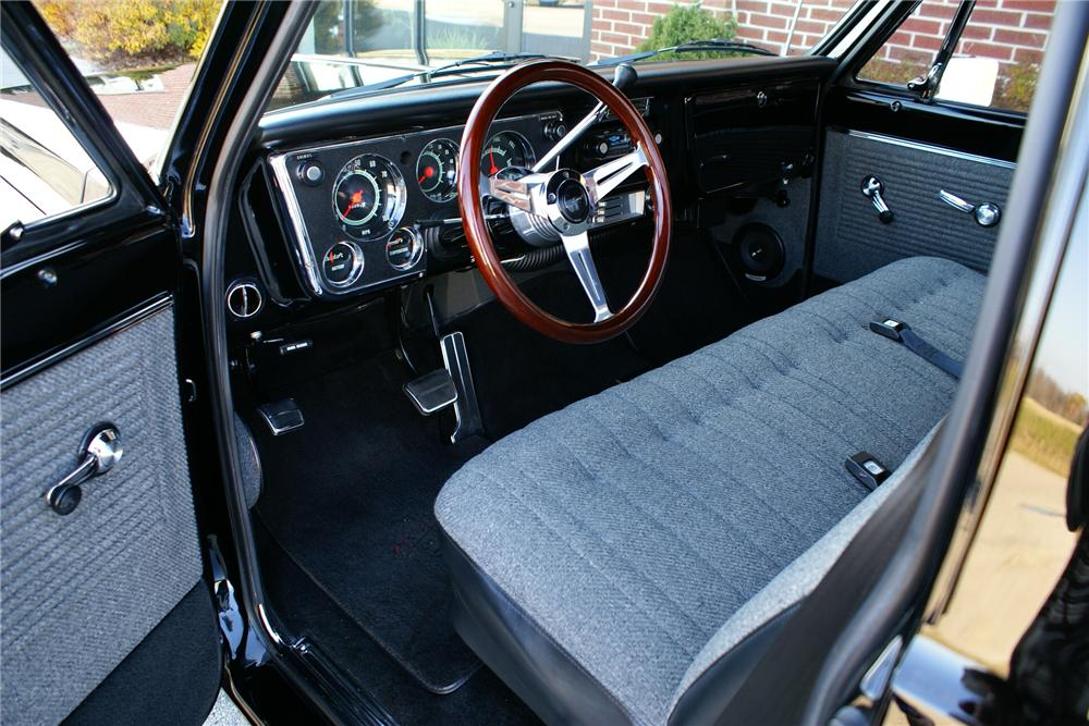 1970 CHEVROLET C-10 CUSTOM STEPSIDE PICKUP - Interior - 116800